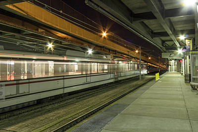 St Louis Metro Train At The Casino Queen Station Art Print