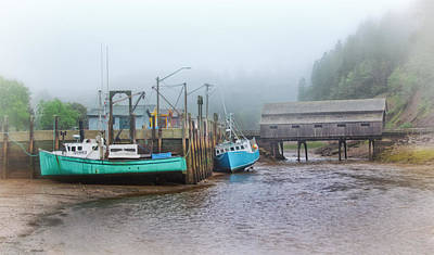 Photograph - St. Martins Harbour At Low Tide by Carolyn Derstine