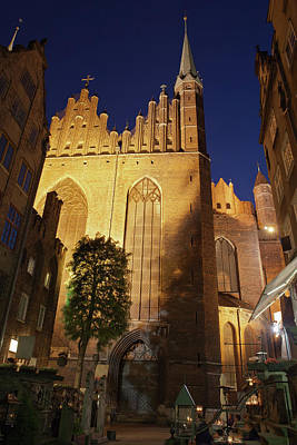 Medieval Temple Photograph - St Mary Church In Gdansk At Night by Artur Bogacki