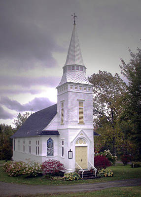 Photograph - St. Mathews Chapel In Sugar Hill by Nancy Griswold