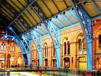 Photograph - St Pancras Station by Dorothy Berry-Lound