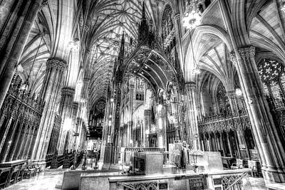 Photograph - St Patrick's Cathedral Manhattan by David Pyatt