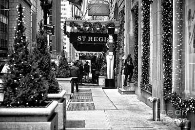 Photograph - St. Regis Cab Call by John Rizzuto