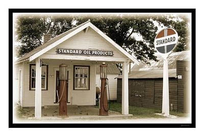 Standard Station - Jackson Co. Fair Grounds Minnesota Print by Gary Gunderson
