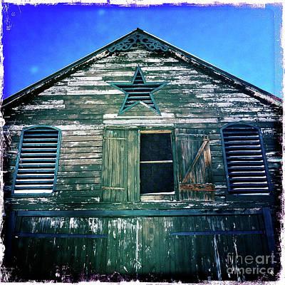 Photograph - Star Barn I by Kevyn Bashore