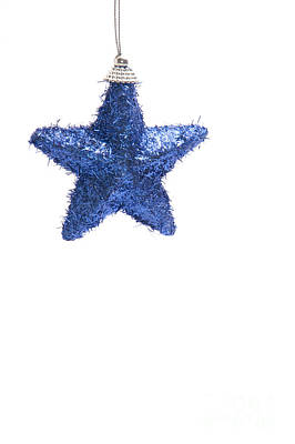 Star Bauble Art Print by Andy Smy