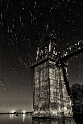 Photograph - Star Trails Outlet - Black-and-white by Bill Kesler