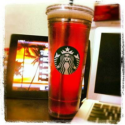Apple Photograph - #starbucks #passion #ipad & by Alberto Oxford
