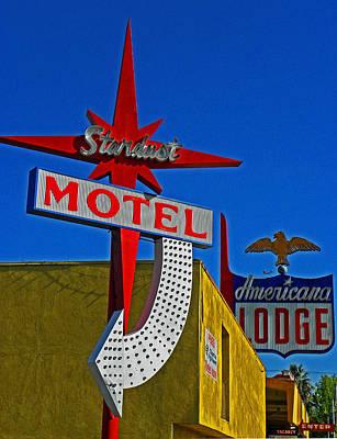Photograph - Stardust Motel Iv by Elizabeth Hoskinson