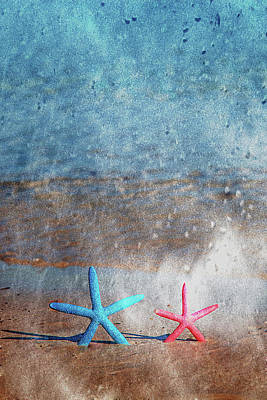 Starfish On The Run Art Print by Az Jackson