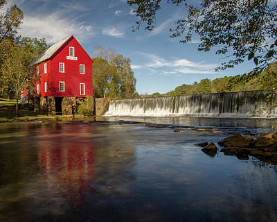 Starrs Mill Photograph - Starr's Mill by Linda Mcfarland