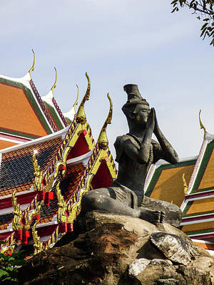 Photograph - Statue At Famous Wat Pho Temple by Helissa Grundemann