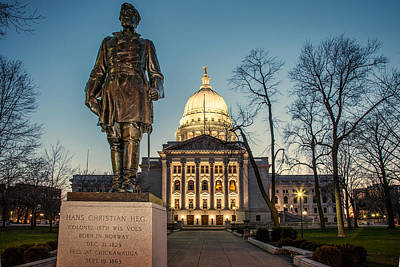 Photograph - Statue Capitol Dusk by Todd Klassy