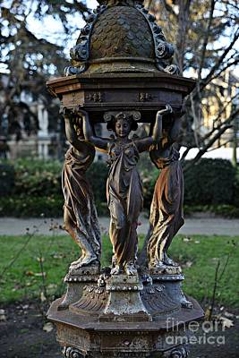 Photograph - Statue by Cendrine Marrouat