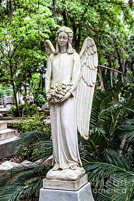 Photograph - Statue From The Cemetery At The Garden Of Good And Evil 7592vt by Doug Berry