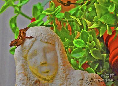 Photograph - Statue Lizard  by Art Mantia