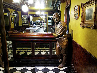 Photograph - Statue Of Hemingway by Mike Shaw