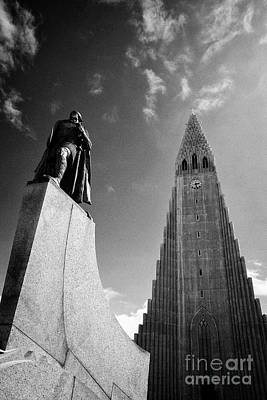 Leif Photograph - statue of leif eriksson hallgrimskirkja reykjavik church of Iceland by Joe Fox