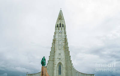 Photograph - Statue Of Leif Eriksson In Reykjavik by Patricia Hofmeester