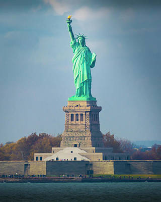 Photograph - Statue Of Liberty 2 by Kenneth Cole