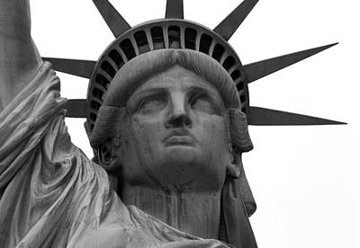 Photograph - Statue Of Liberty B/w by Lorena Mahoney