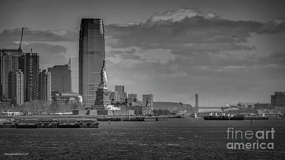 Photograph - Statue Of Liberty Bay by LeeAnn McLaneGoetz McLaneGoetzStudioLLCcom
