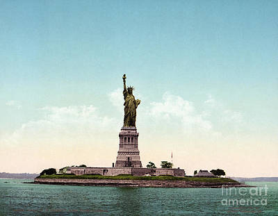 Photograph - Statue Of Liberty, C1905 by Granger