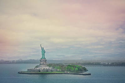 Photograph - Statue Of Liberty by Elvira Pinkhas