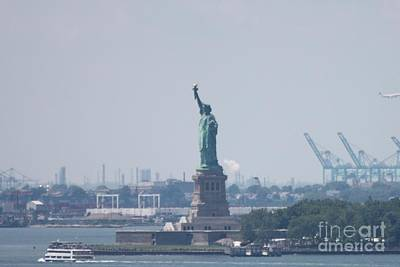 Photograph - Statue Of Liberty by John Telfer