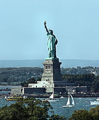 Photograph - Statue Of Liberty by Kristin Elmquist