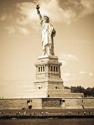 Photograph - Statue Of Liberty by Mickey Clausen
