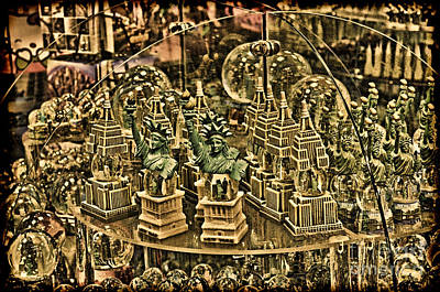 Photograph - Statues Of The Statue Of Liberty  by Jim Fitzpatrick