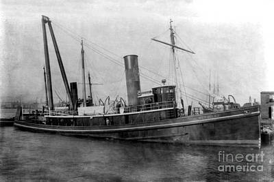 Photograph - Steam Tug  Boat S. S. Hercules Circa 1915 by California Views Mr Pat Hathaway Archives