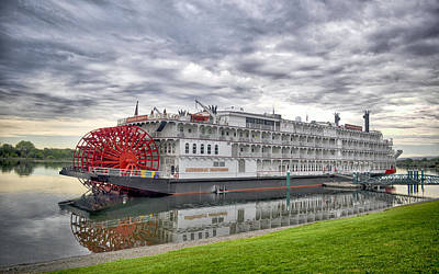 Photograph - Steamboat On The Columbia by AJ Schibig