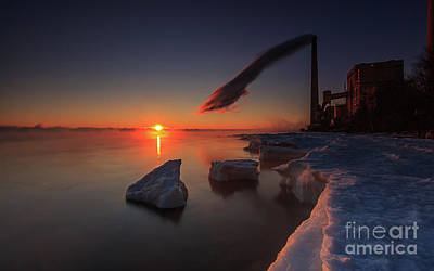 Photograph - Steamy Winter Sun by Andrew Slater