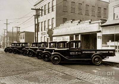 Stegmaier Brothers Inc Beer Trucks At 693 Hazle Ave Wilkes Barre Pa 1930s Art Print