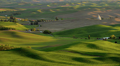 Photograph - Steptoe Butte by Vic Harris