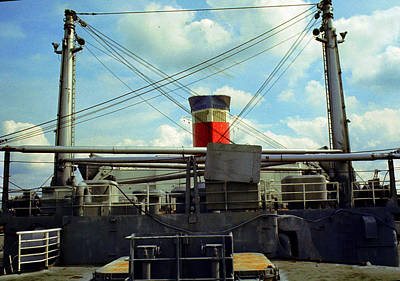 Photograph - Stern View Ss United States by John Harding