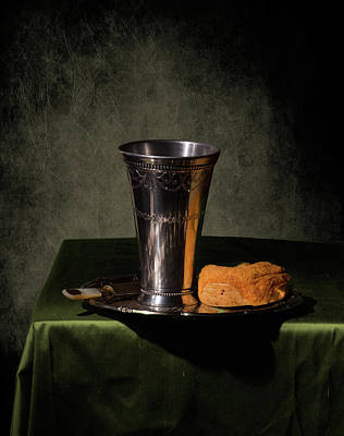 Photograph - Still Life Simplicity II by Levin Rodriguez