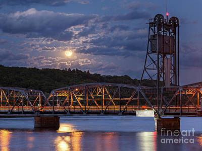 Stillwater Photograph - Stillwater Blue Moon by Ernesto Ruiz
