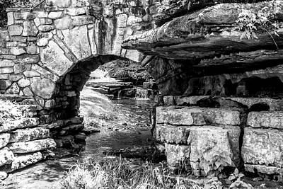 Photograph - Stone Arch by Wade Courtney