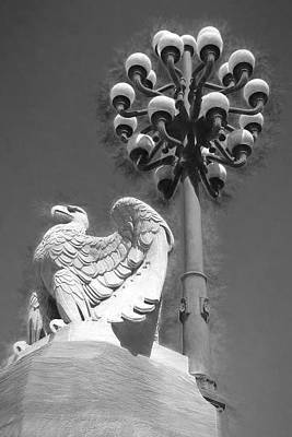 Photograph - Stone Eagle by Alice Gipson