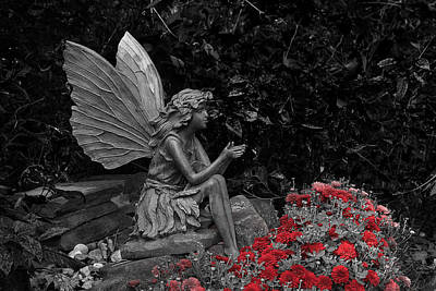 Photograph - Stone Fairy by Scott Hovind