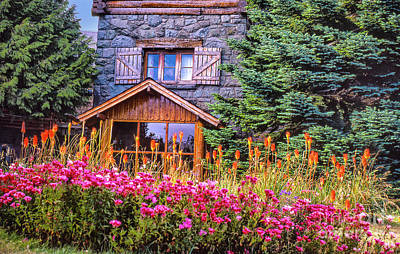 Photograph - Stone House by Rick Bragan