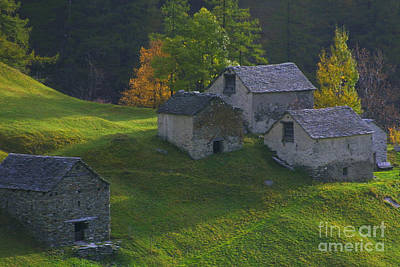 Photograph - Stone Houses by Stan and Anne Foster
