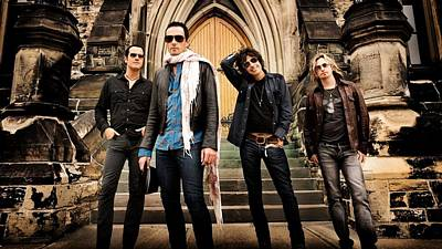 Stone Temple Pilots Digital Art - Stone Temple Pilots by Emma Brown