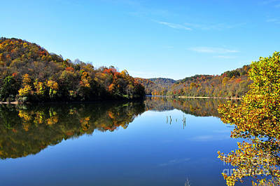Stonecoal Lake In Autumn Color Art Print by Thomas R Fletcher