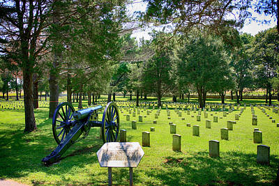 Photograph - Stones River National Battlefield Cemetery, Murfreesboro, Tn, Usa by Chris Smith