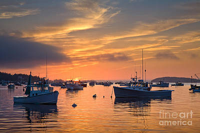 Hancock Village Photograph - Stonington Sunrise by Susan Cole Kelly