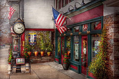 Photograph - Store - Flemington Nj - Historic Flemington  by Mike Savad